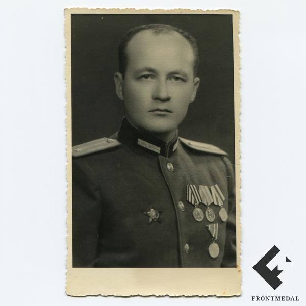 Заверенная фото-карточка инженер-майора из 37 танкового полка