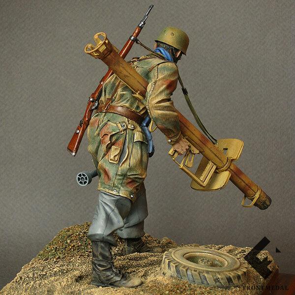 Парашютист с противотанковым ружьем (Нормандия, 1944)