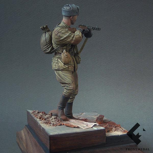 Советский автоматчик (Берлин, 1945)