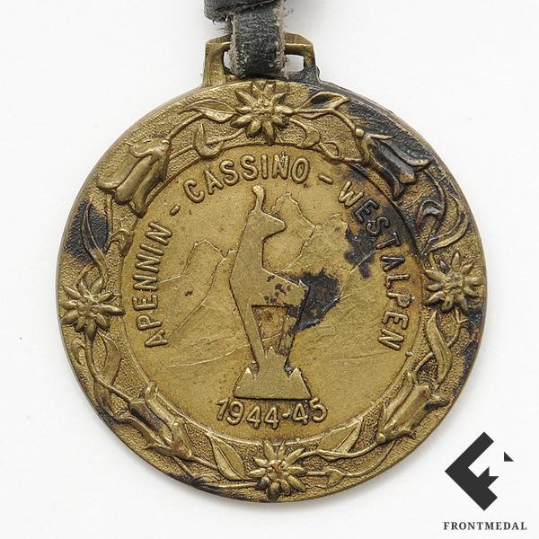 Памятный жетон 15.(schw.)/Geb.Jag.Rgt.85 за кампанию 1944-45 гг.