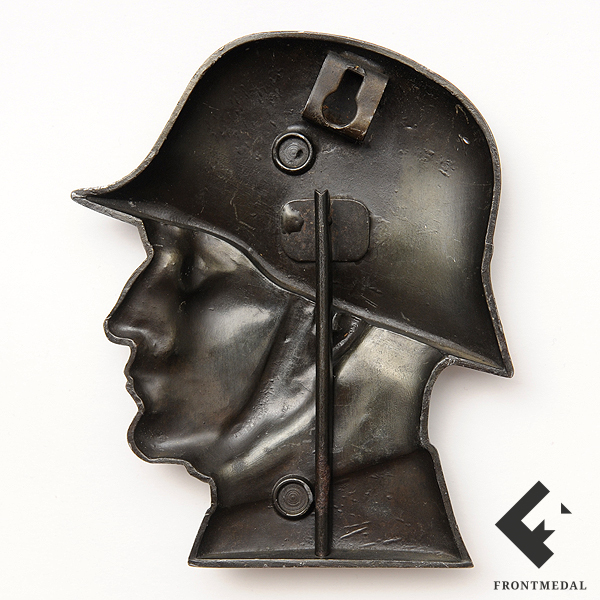 Настольное украшение в виде головы солдата в стальном шлеме