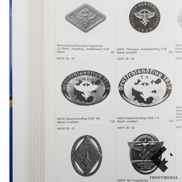 "Книга/каталог "" Значки организаций и мероприятий 1930-45 """