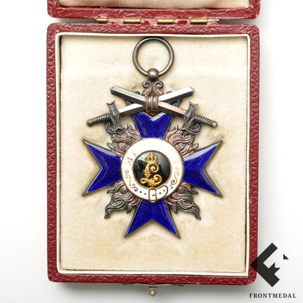 Орден За военные заслуги земли Бавария в футляре
