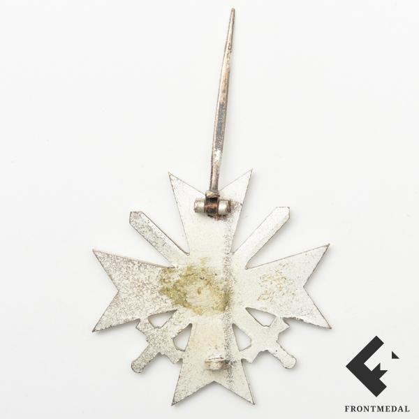 Крест За военные заслуги 1 класса с мечами обр. 1957 года