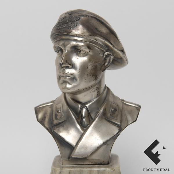 "Настольный бюст ""Солдат Панцерваффе"" (panzerwaffe)"